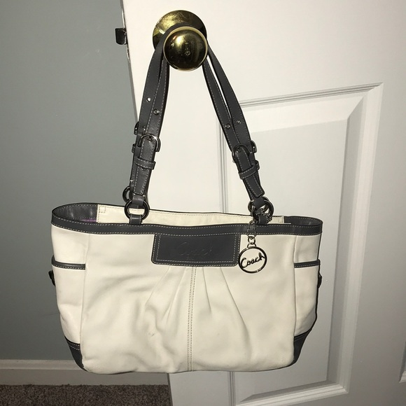 ed66414b22 Coach Bags | Off White Leather Shoulder Bag Purse | Poshmark